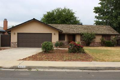 Lemoore Single Family Home Active Under Contract: 511 S 19th Avenue