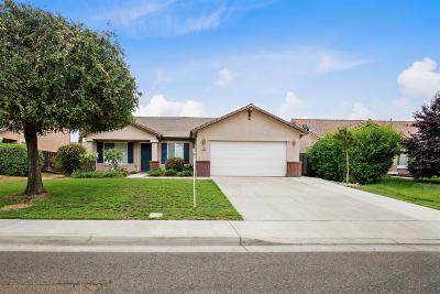 Visalia Single Family Home For Sale: 238 N Manzanita Street