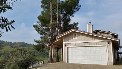 Exeter Single Family Home For Sale: 31204 Sierra Drive #B