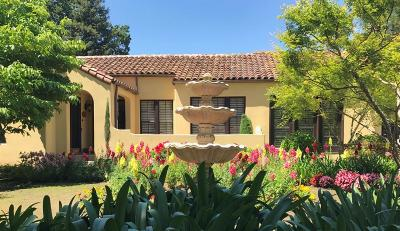 Visalia Single Family Home For Sale: 305 N Fairway Street N