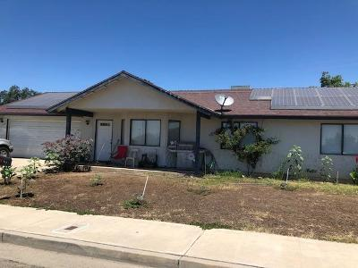 Porterville Single Family Home For Sale: 302 E Garden