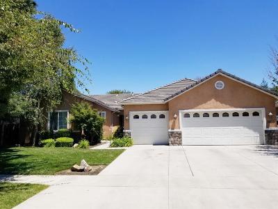 Visalia Single Family Home For Sale: 3226 S Tipton Street