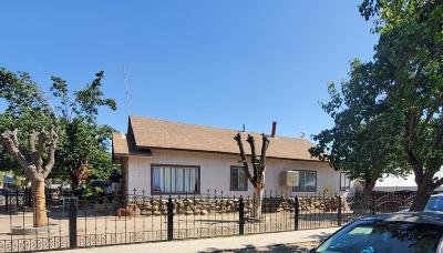 Tulare Multi Family Home For Sale: 202 N F Street