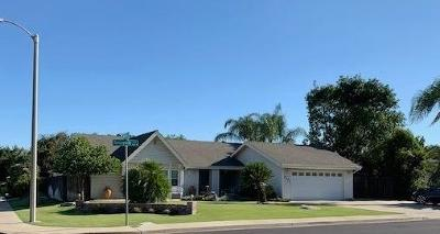 Visalia Single Family Home For Sale: 3825 W Sunnyside Avenue