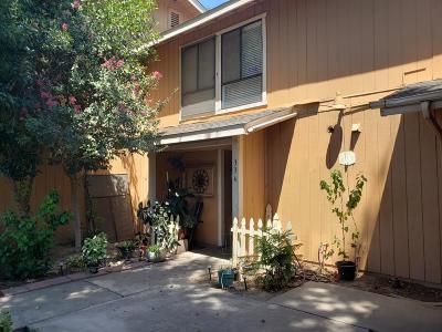 Visalia Single Family Home For Sale: 336 N Crenshaw Street