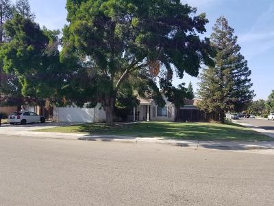 Visalia Single Family Home For Sale: 4336 E Paradise Avenue