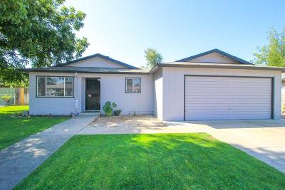 Porterville Single Family Home For Sale: 731 Gerry Lane