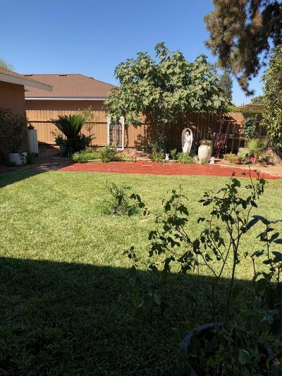 Dinuba Single Family Home For Sale: 572 N Nichlos Avenue