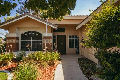 Bakersfield Single Family Home For Sale: 5710 Rockwell Drive