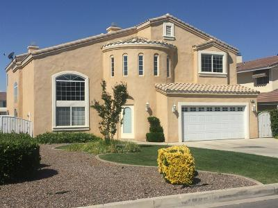 Victorville Single Family Home For Sale: 18231 Lakeview Drive