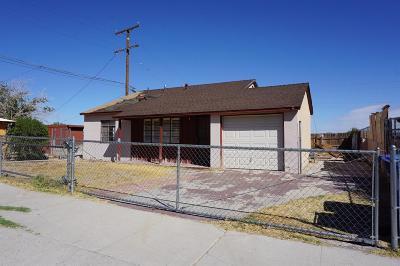 Barstow Single Family Home For Sale: 209 E Virginia Way