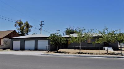 Barstow Single Family Home For Sale: 200 E Fairview Street