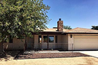 Apple Valley Single Family Home For Sale: 21232 Pineridge Avenue