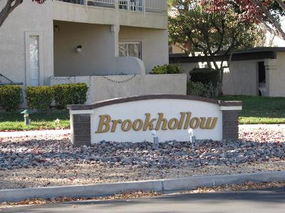 Apple Valley Condo/Townhouse For Sale: 19125 Palo Verde Drive