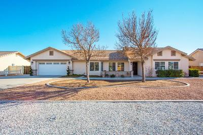 Apple Valley Single Family Home For Sale: 13545 Cuyamaca Road