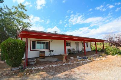 Pinon Hills Single Family Home For Sale: 8677 Beekley Road
