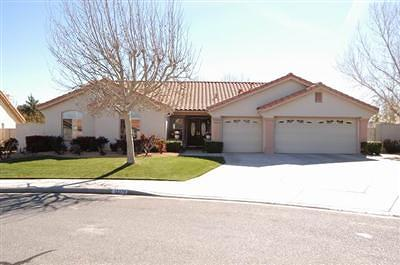 Victorville Single Family Home For Sale: 12379 Madera Street