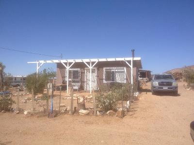 Adelanto Single Family Home For Sale: Kings Road