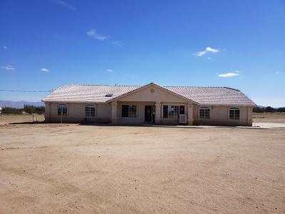Oak Hills Single Family Home For Sale: 12525 Mission Street