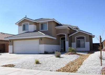Adelanto Single Family Home For Sale: 14850 Delicious Street