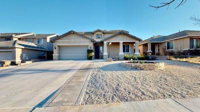 Oak Hills Single Family Home For Sale: 13753 Jackson Street