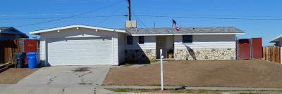 Barstow Single Family Home For Sale: 560 Frances Drive