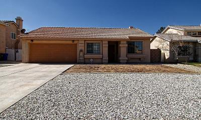 Adelanto Single Family Home For Sale: 15614 Fremont Drive