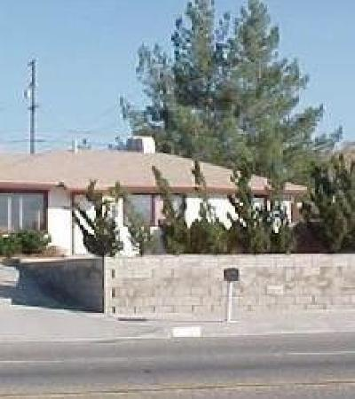 Victorville Single Family Home For Sale: 15107 Hesperia Road
