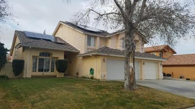 Victorville Single Family Home For Sale: 14380 La Crescenta Avenue