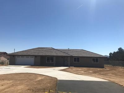 Hesperia Single Family Home For Sale: 7027 Summit Valley Road