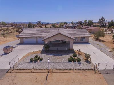 Hesperia Single Family Home For Sale: 16055 Sequoia Street