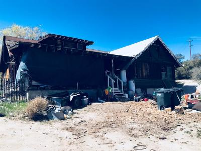 Pinon Hills Single Family Home For Sale: 3353 Hwy 2 Highway