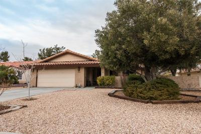 Helendale Single Family Home For Sale: 14864 Blue Grass Drive
