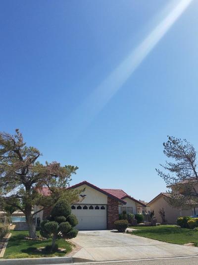 Helendale Single Family Home For Sale: 14509 Lighthouse Lane
