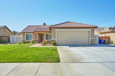 Adelanto Single Family Home For Sale: 11931 Macon Court