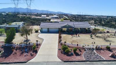 Oak Hills CA Single Family Home For Sale: $399,900