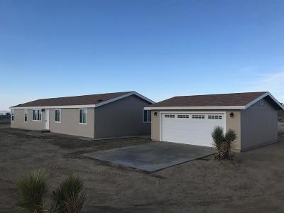 Pinon Hills Single Family Home For Sale: 13121 Primavera Road