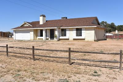 Apple Valley Single Family Home For Sale: 11887 Kiowa Road