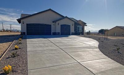 Hesperia Single Family Home For Sale: 7825 Langdon Avenue