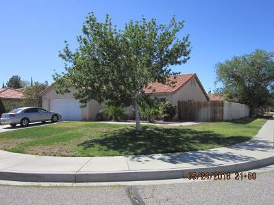 Adelanto Single Family Home For Sale: 10957 Live Oak Lane