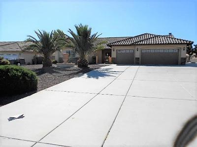 Hesperia Single Family Home For Sale: 7175 Danbury Avenue