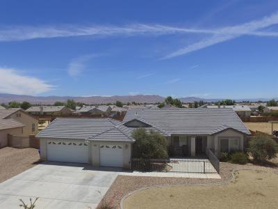 Apple Valley Single Family Home For Sale: 21247 Merlot Lane