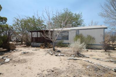 Phelan CA Single Family Home For Sale: $132,000