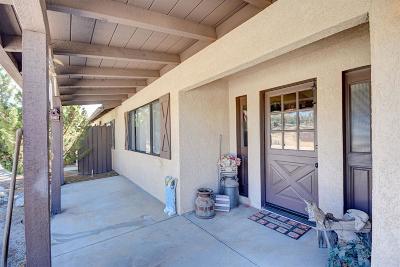 Oak Hills CA Single Family Home For Sale: $367,000