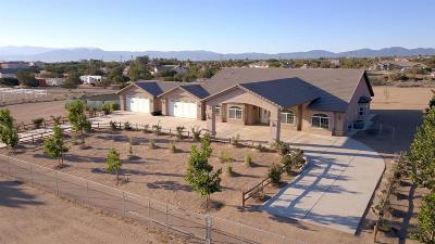 Oak Hills CA Single Family Home For Sale: $525,000