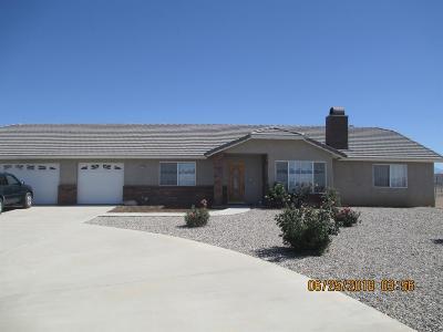 Oak Hills CA Single Family Home For Sale: $465,000