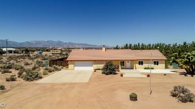 Oak Hills CA Single Family Home For Sale: $358,800