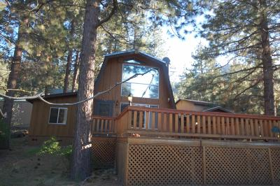 Wrightwood Single Family Home For Sale: 445 Bobolink Drive