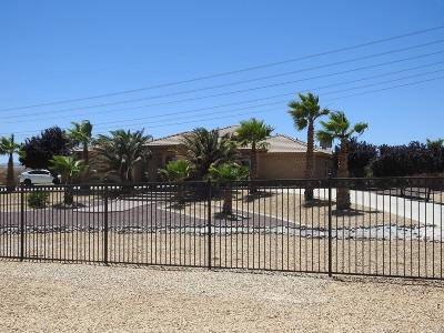 Oak Hills CA Single Family Home For Sale: $695,000
