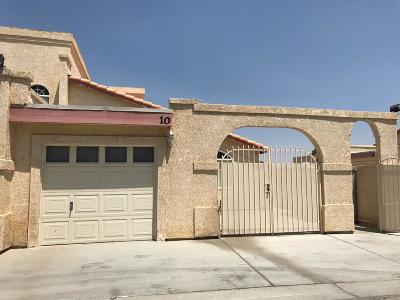 Helendale Condo/Townhouse For Sale: 11454 Nautical Lane